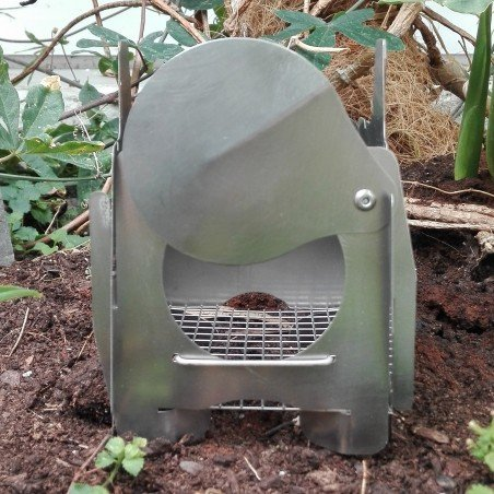 QiWiz FireFly Backpacking Wood Burning Stove