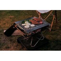 Snow Peak Pack & Carry Fireplace Kit als Grill eingesetzt
