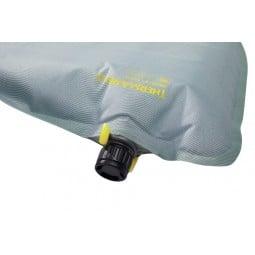 Therm-a-Rest NeoAir Topo Isomatte Detailaufnahme Ventil
