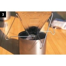Snow Peak Folding Coffee Drip Anleitung Schritt 3