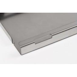 Multifunktions-Einschub LF Titanium Detailansicht Aussparungen