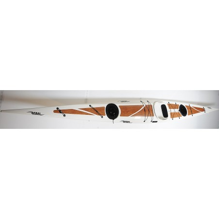 Rebel Kayaks Ilaga HD perlweiß mit Holzoptik