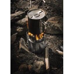 Bushbuddy Holzvergaser im Einsatz
