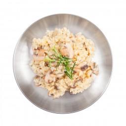 Tatonka Small Plate Edelstahlteller Beispielbild mit Mahlzeit