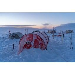 Hilleberg Keron 4 Zelt Rot im frostigen Einsatz