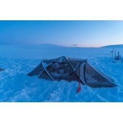 Hilleberg Tarra Zelt eingeschneit
