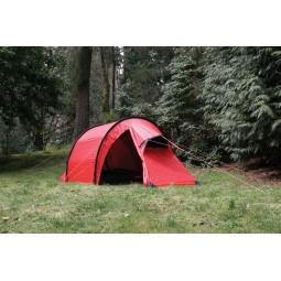 Hilleberg Nammatj 3 Zelt in rot mit eingebautem Mesh Innenzelt