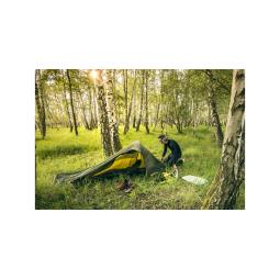 Das Nordisk Lofoten 2 ULW Zelt lässt sich binnen 2 Minuten aufbauen
