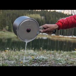MSR Windburner Group System Kochset mit festklemmbarem Deckel