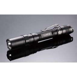 NiteCore LED MT2A Taschenlampe mit befestigtem Gürtelclip