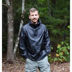 LightHeart Gear Rain Jacket in Schwarz