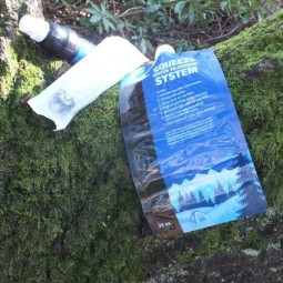 Sawyer Squeeze Filter Lieferumfang: Filter, Spritze, Faltflasche