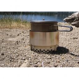 Clikstand T-2G Kocherstand im Einsatz mit Windscreen und Vargo-Topf (nicht im Lieferumfang enthalten)
