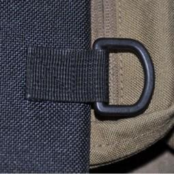 Bushcraft Essentials Outdoortasche Bushbox Detailansicht D-Ring