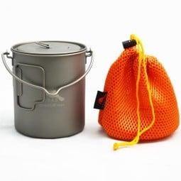 Toaks Titanium 750ml Pot mit Klappgriffen und Henkel, Deckel und Packsäckchen im Lieferumfang