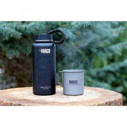Vargo Insulated Stainless Steel Para-Bottle schwarz mit Tasse daneben