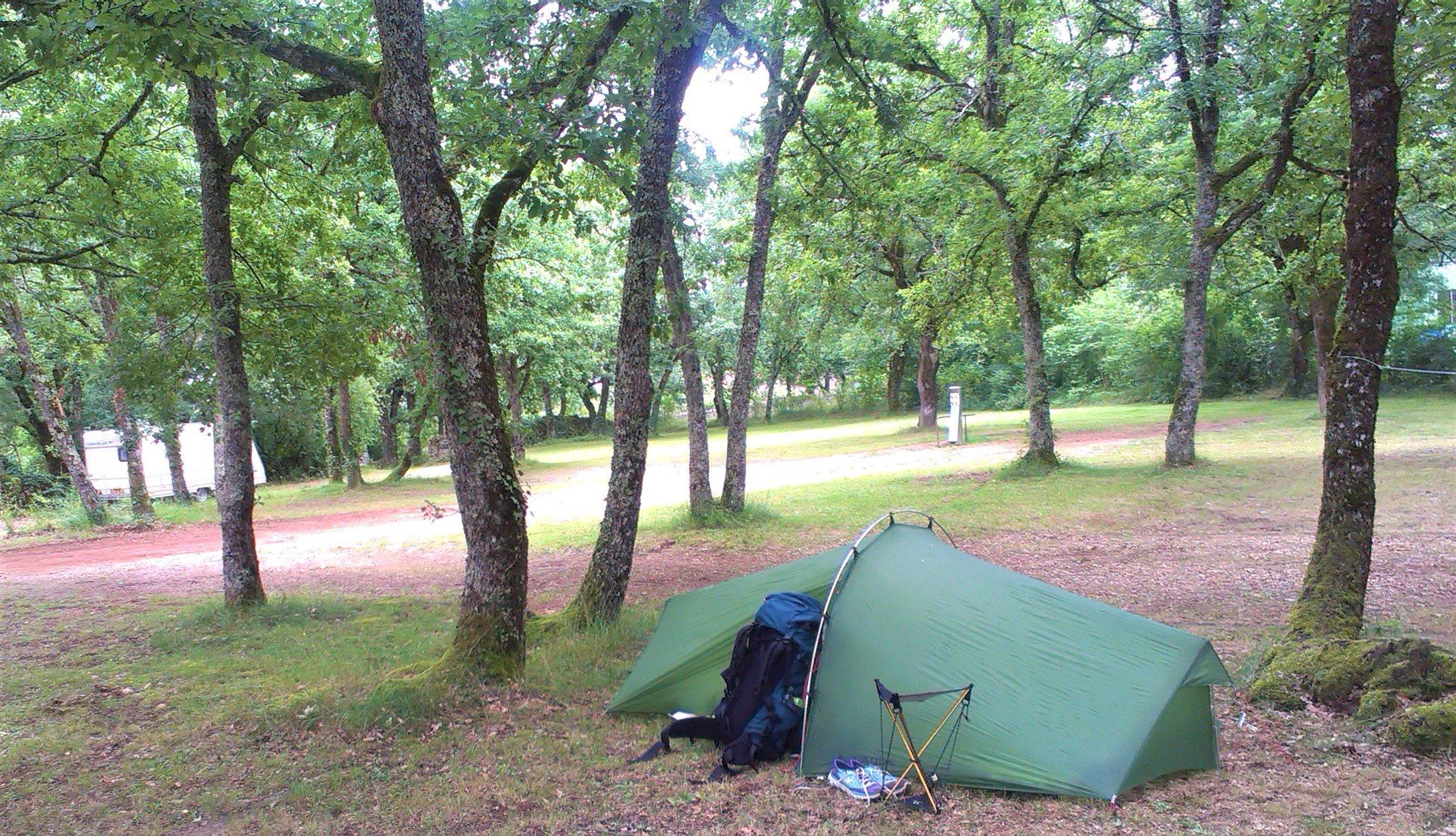 Zelt und Ausrüstung